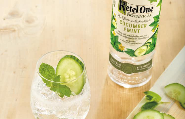 Ketel Botanical Cucumber & Soda