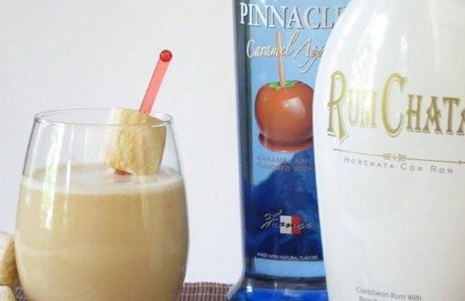 Caramel Apple Pie Cocktail
