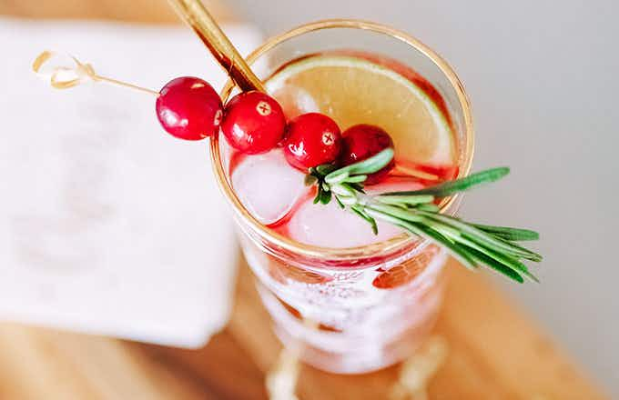 Cranberry Lime FizzLow Calorie Holiday Cocktail