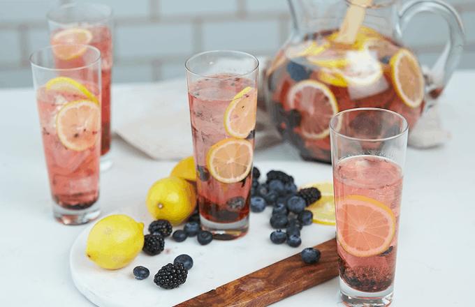 Berry Moscato Lemonade