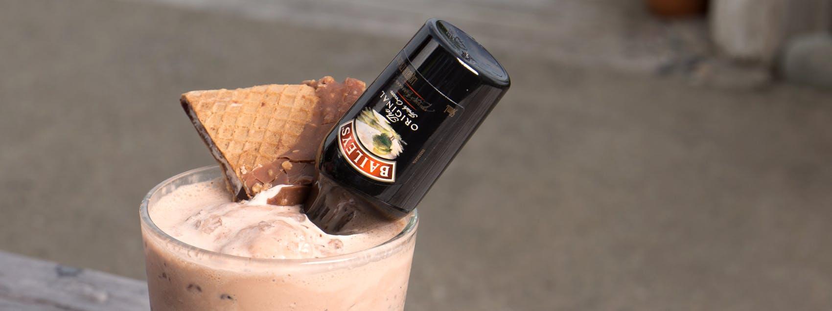 Boozy Baileys Milkshake